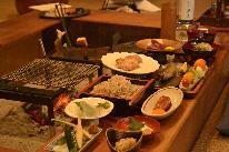 【季節の彩膳】郷土料理を味わいながら、メインは囲炉裏で頂く会津地鶏の水晶板焼きで…