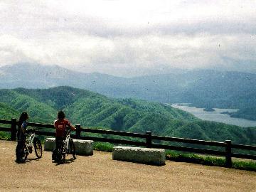 【日帰りプラン】体験可能期間:4月初旬~10月末まで☆マウンテンバイクで自然の風を感じる最高の瞬間!