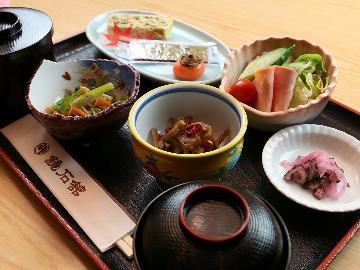 【朝食付】鏡石駅徒歩3分☆しっかり食べて行ってらっしゃい!