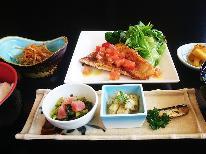 【カジュアル】メインは肉or魚お好きな方をチョイス♪リーズナブルに旅を楽しむ≪伯耆定食≫