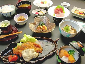 ◇◆一泊夕食◆◇夕食はしっかり食べたい♪ボリューム満点!!満腹定食プラン♪