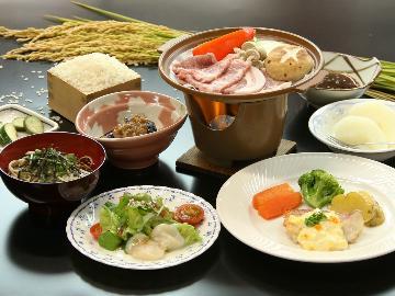 【リーズナブル定食付きRプラン】 国産豚の陶板焼定食♪女将の手料理を楽しむリーズナブル一泊二食付き