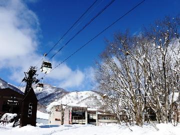【リフト2日券付】 栂池高原スキー場のリフト券付き!お得&らくらく♪宿泊コミコミ一泊二食プラン