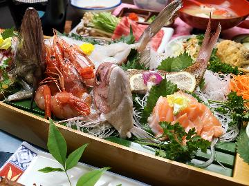 【茨城県民限定】特典付き◇海鮮船盛に常陸牛!近場で美味いもの満喫♪夕食はお部屋食[旅館 2食付]
