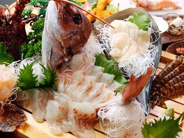 【スタンダード】海を知りつくした旦那が豪快に調理!まる甚の島料理を満喫♪