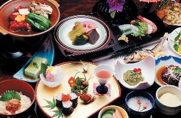 【2食付】和洋室のお部屋ゆったりプラン(お飲物特典付)お風呂貸切も可能