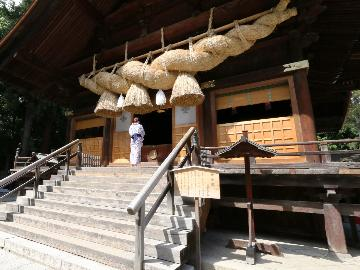 【12/31・1/1限定】諏訪大社 秋宮・春宮で二年参り&初詣をどうぞ♪おせち料理が味わえる。特別プラン