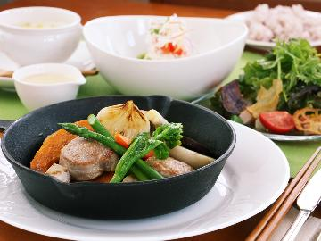 【里-sato-】那須高原豚ヒレステーキ◆那須高原の自然で育った地場産豚の最高級なヒレ肉をどうぞ♪