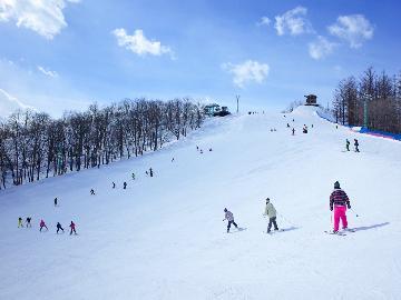【スタンダード】リフト1日券が通常よりお安く!お得にスキー・スノーボードを楽しもう♪1泊2食付