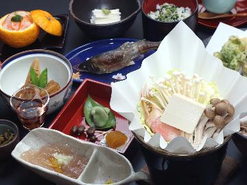 【平日限定】お手軽&お気軽の当館リーズナブル会席料理と自然体験を満喫☆[1泊2食付]