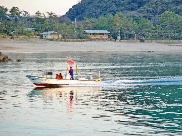 【海上散策・プライベートクルーズ付プラン♪】熟知した船頭が竹野海岸ご案内!!
