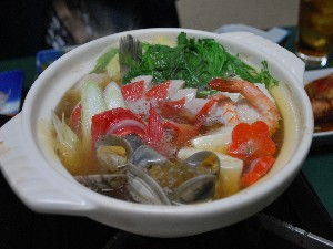 【冬季限定】金目と地魚、たっぷり野菜の鍋、〆はおじやで