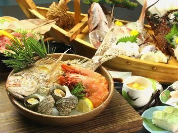 【宝楽焼き×舟盛×朴葉焼き】くろ潮の最高のおもてなしフルコース!贅沢尽くし豪華な和歌山の旅を♪