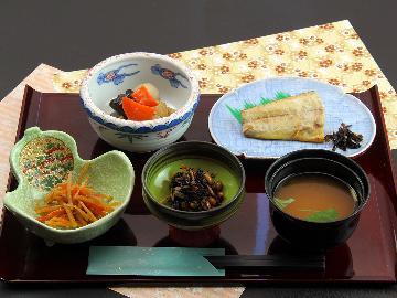 【朝食付き】朝ごはんを食べて行ってらっしゃい♪最終チェックイン21時までOK!/></a></div><div id=