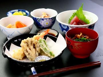 2食付◆ビジネスや観光、ツーリングにどうぞ♪リーズナブル和定食!