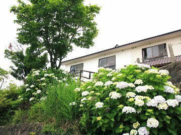 【2泊3食】週末は那須で温泉旅行!地域で一番標高の高い露天風呂満喫■1300mから見下ろす絶景の宿