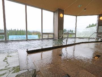 ≪9月29日(日)までの直前割 素泊り≫広い温泉でゆっくり♪種類多彩なレストランで、お食事はお好きなものを食べませんか♪