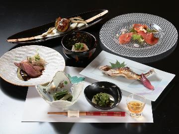 【1泊2食】旬の地元の食材を使ってつくる<和食×イタリアン>の技を♪心を込めた創作料理に舌鼓!