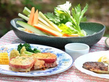 【4名以上の予約で全館貸切OK】野菜ソムリエが作る洋食コースを味わう、の~んびり高原旅(2食付き)