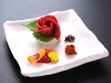 《お盆のご予約はコチラ》【極-kiwami-】志ぐれ亭プレミアム和懐石♪桜刺し(馬刺し)食べ比べに舌鼓