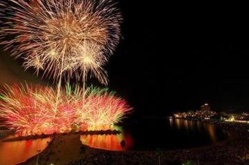 【早期予約受付開始】白浜花火大会★豪華会席と海辺の夜空を彩る花火♪【7/30】【8/10】