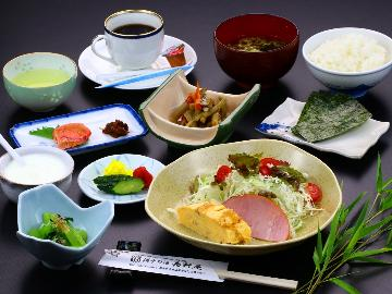 【朝食付き】1日の始まりは魚沼産コシヒカリと手作り朝食で元気♪