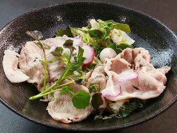 期間限定!【麓山高原豚】福島が誇るブランド豚やわらかジューシー!さっぱり冷しゃぶでご堪能下さい☆
