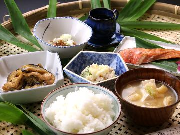 【朝食付】朝は自家焙煎の淹れたてコーヒーでスッキリ☆那須で遊んで湯ったりしましょ♪【Wi-Fi無料】