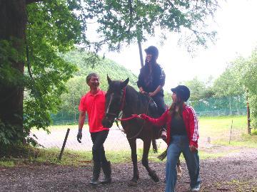 大自然を全身で感じる!乗馬体験&動物とのふれあい♪浅間山を満喫プラン【1泊2食付】《HP限定価格》
