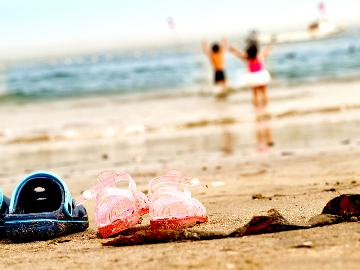 【近っ!海まで23歩♪】夏の幸を味わいたいならコレ!あわびの踊り焼きと地魚舟盛りプラン