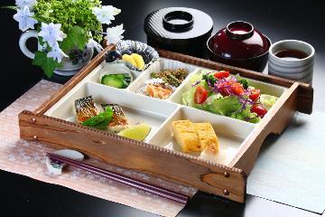 【一日の活力は和朝食から】朝食付プラン チェックインは22時までOKです。