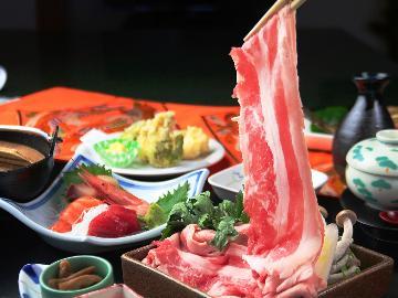 【越後牛 しゃぶしゃぶ】&海と山の美味しいモノの詰め合わせ♪スタンダードの1泊2食付き